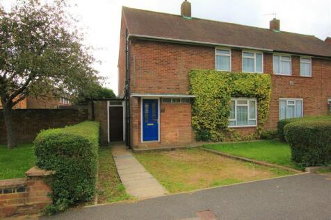 Whipperley Way, Luton, LU1. 3 bedroom house