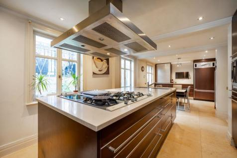 St Johns Wood, London, NW8. 5 bedroom semi-detached house