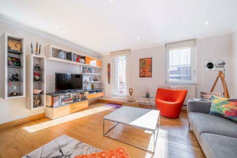 Panoramic, Pond Street, Hampstead, London, NW3. 3 bedroom flat