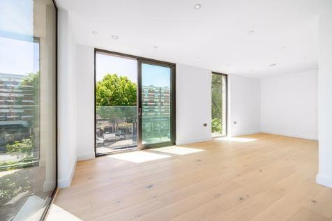 Finchley Road, Hampstead, London, NW3. 2 bedroom flat