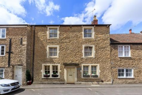 Castle Street, Frome, Somerset, BA11. 5 bedroom terraced house