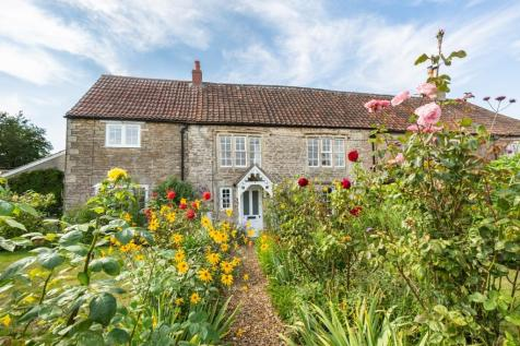 Mount Pleasant, Frome, Somerset, BA11. 4 bedroom semi-detached house