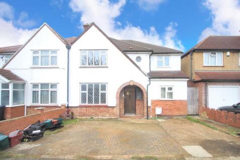 Somerset Waye, Heston, TW5. 5 bedroom semi-detached house