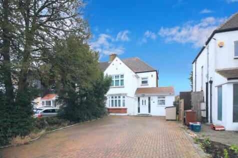 Sutton Road, Heston, TW5. 4 bedroom semi-detached house