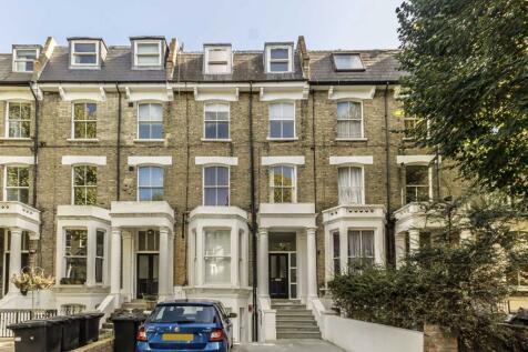 Hammersmith Grove, Hammersmith. 2 bedroom flat