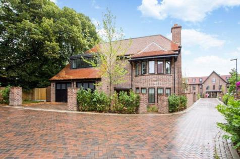 Chandos Way, Hampstead Garden Suburb, NW11. 5 bedroom detached house for sale
