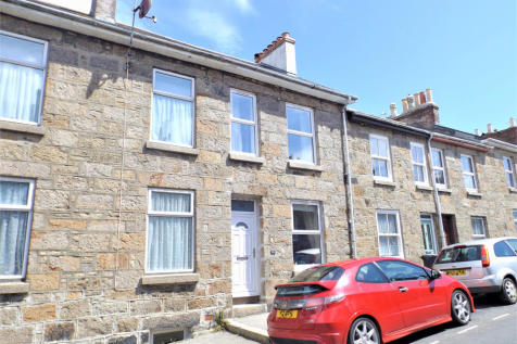 James Street Penzance. 3 bedroom house