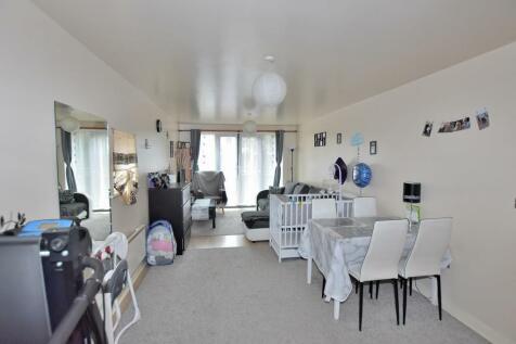 Albion Street, Wolverhampton. 1 bedroom ground floor flat