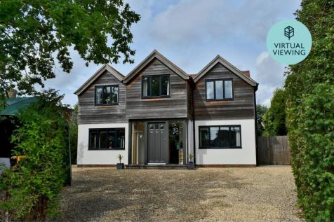 Daniells Walk, Lymington, SO41. 5 bedroom detached house for sale