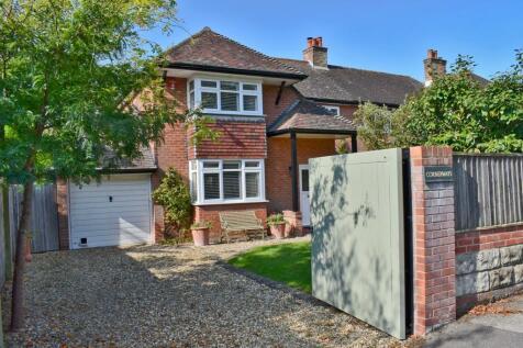 Queen Katherine Road, Lymington, SO41. 3 bedroom semi-detached house for sale