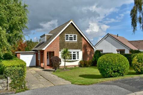 Ravenscourt Road, Lymington, SO41. 3 bedroom detached house for sale