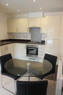 Heol Gruffydd, Rhydyfelin, Pontypridd, CF37. 1 bedroom flat