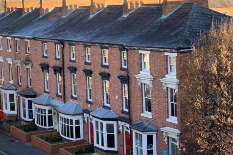 De Montfort Street, Leicester, Leicestershire, LE1. Studio flat