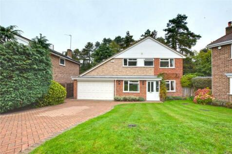 Bruton Close, Chislehurst, BR7. 4 bedroom detached house for sale