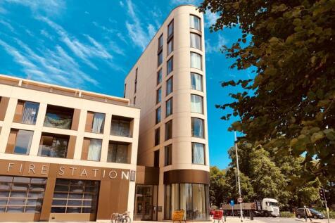 Parkside Place, Parkside, Cambridge. 3 bedroom flat for sale