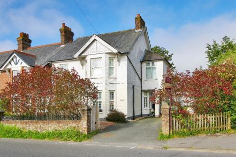 Whitehill Road, Crowborough, East Sussex, TN6. 5 bedroom detached house for sale