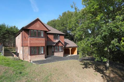Clackhams Lane, Crowborough, East Sussex, TN6. 4 bedroom detached house for sale