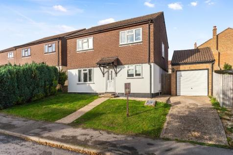Beeches Farm Road, Crowborough, East Sussex, TN6. 4 bedroom detached house for sale