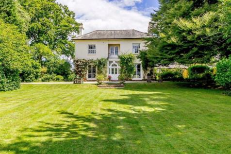 Ross-on-Wye, Herefordshire. 6 bedroom detached house for sale