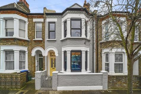 St. Margarets Road, Kensal Green, London, NW10. 4 bedroom terraced house for sale