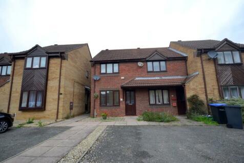 Baronson Gardens, Abington, Northampton, NN1. 2 bedroom semi-detached house