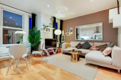 Kingscourt Road, London. 2 bedroom flat