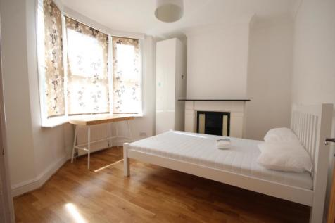Bear Road, Brighton, BN2. 3 bedroom apartment