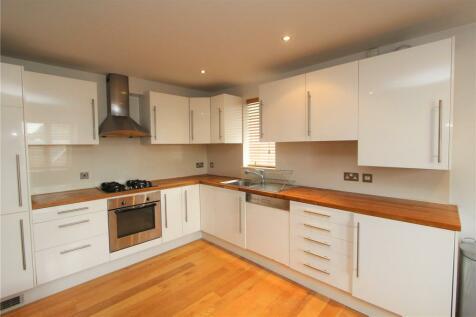 Freeland Road, Ealing, LONDON, W5. 2 bedroom apartment