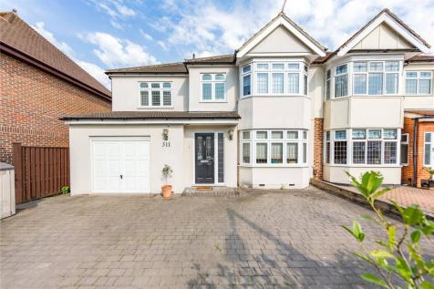 Corbets Tey Road, Upminster, RM14. 4 bedroom semi-detached house for sale