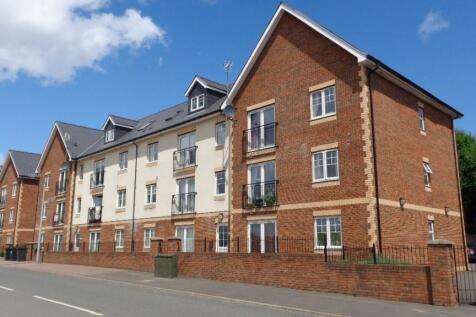 Tregwilym Road, Newport, South Wales, NP10. 2 bedroom apartment