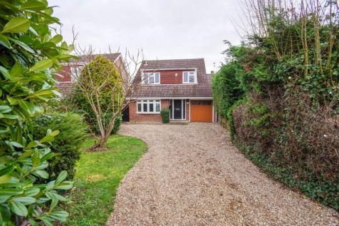 High View Rise, Billericay. 4 bedroom detached house
