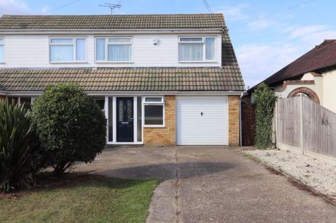The Chase, Benfleet. 4 bedroom semi-detached house