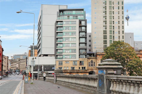 Clyde Street, City Centre. 2 bedroom flat for sale