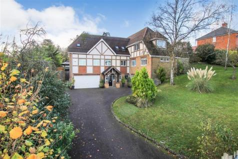 Cobbetts Ride, Tring. 4 bedroom detached house for sale