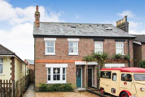 Longfield Road, Tring. 4 bedroom semi-detached house for sale