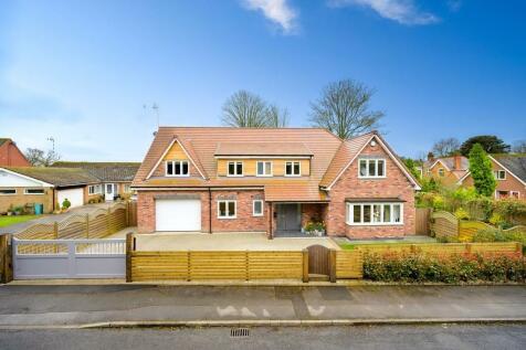 Woodcote Drive, Dorridge. 5 bedroom detached house for sale