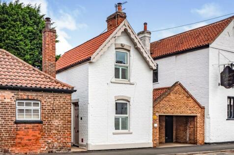 East End, Walkington, Beverley. 2 bedroom detached house for sale