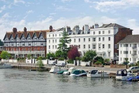 River Terrace, Henley-on-Thames. 2 bedroom ground floor flat
