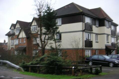 Friends Avenue, Waltham Cross, Hertfordshire, EN8. 1 bedroom apartment