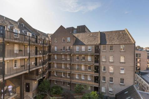 505 Websters Land, Grassmarket, EH1 2RX. 1 bedroom flat for sale