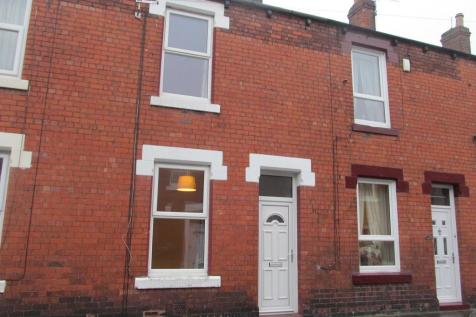 Oswald Street, Carlisle, CA1. 2 bedroom terraced house