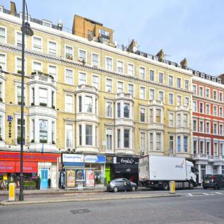 Cromwell Road, London, SW7. 4 bedroom flat