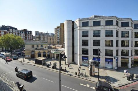 Gloucester Road, London, SW7. 4 bedroom flat