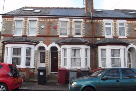 Norris Road, Reading, Berkshire, RG6. 5 bedroom terraced house