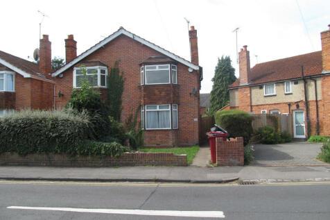 Eastern Avenue, Reading, Berkshire, RG1. 4 bedroom semi-detached house