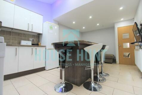 Heeley Road, Selly Oak, Birmingham, B29 6EZ. 7 bedroom terraced house