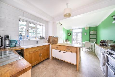Chamberlayne Road, London, NW10. 5 bedroom terraced house for sale