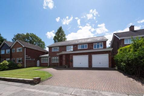 Quickswood Close, Woolton, Liverpool, L25. 6 bedroom detached house for sale