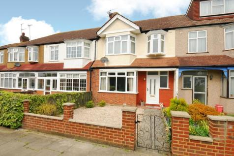 Crossway Raynes Park SW20. 3 bedroom house