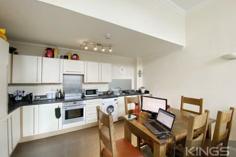 James Weld Close, Southampton. 3 bedroom ground floor flat